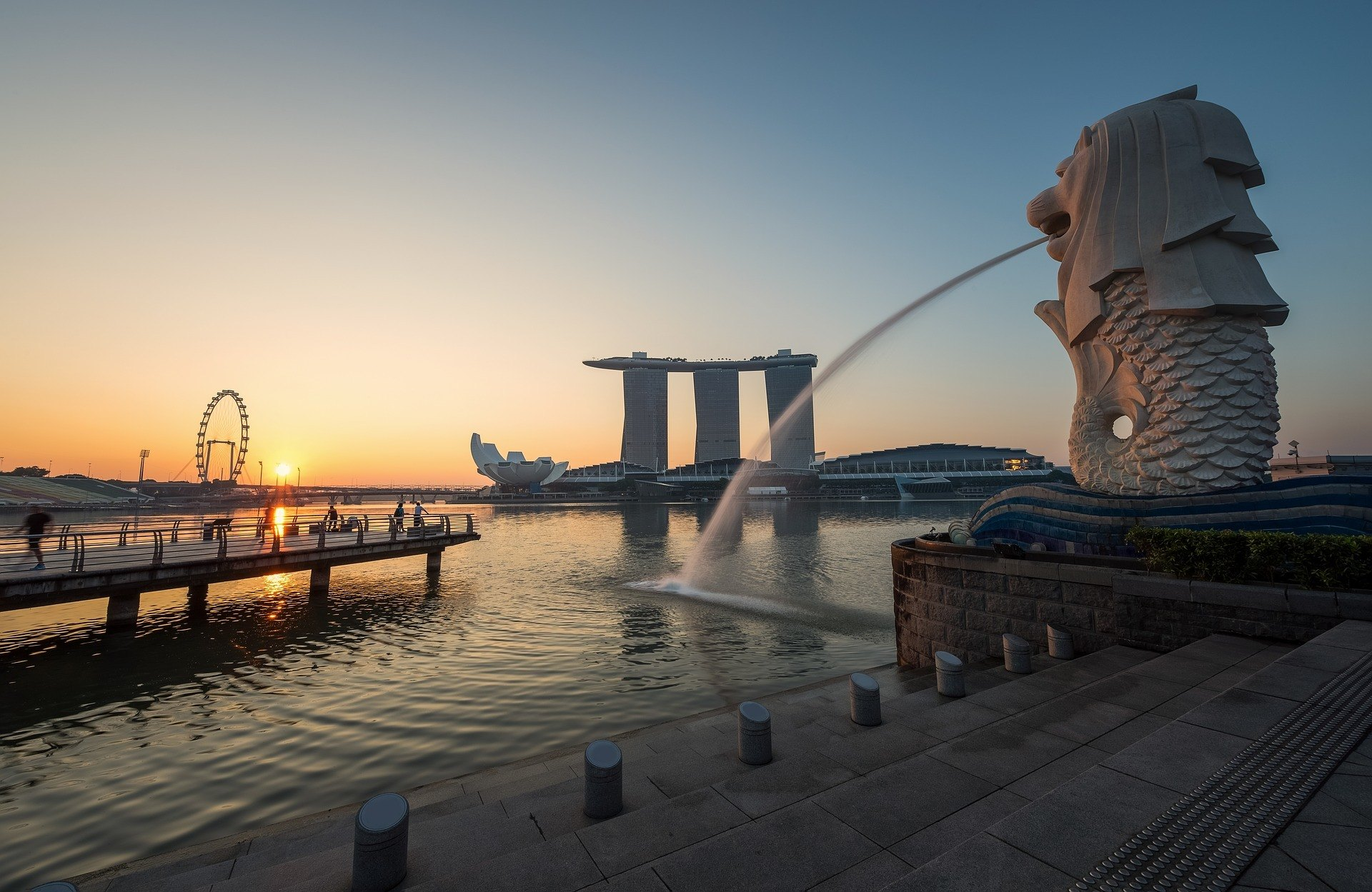 when to visit singapore