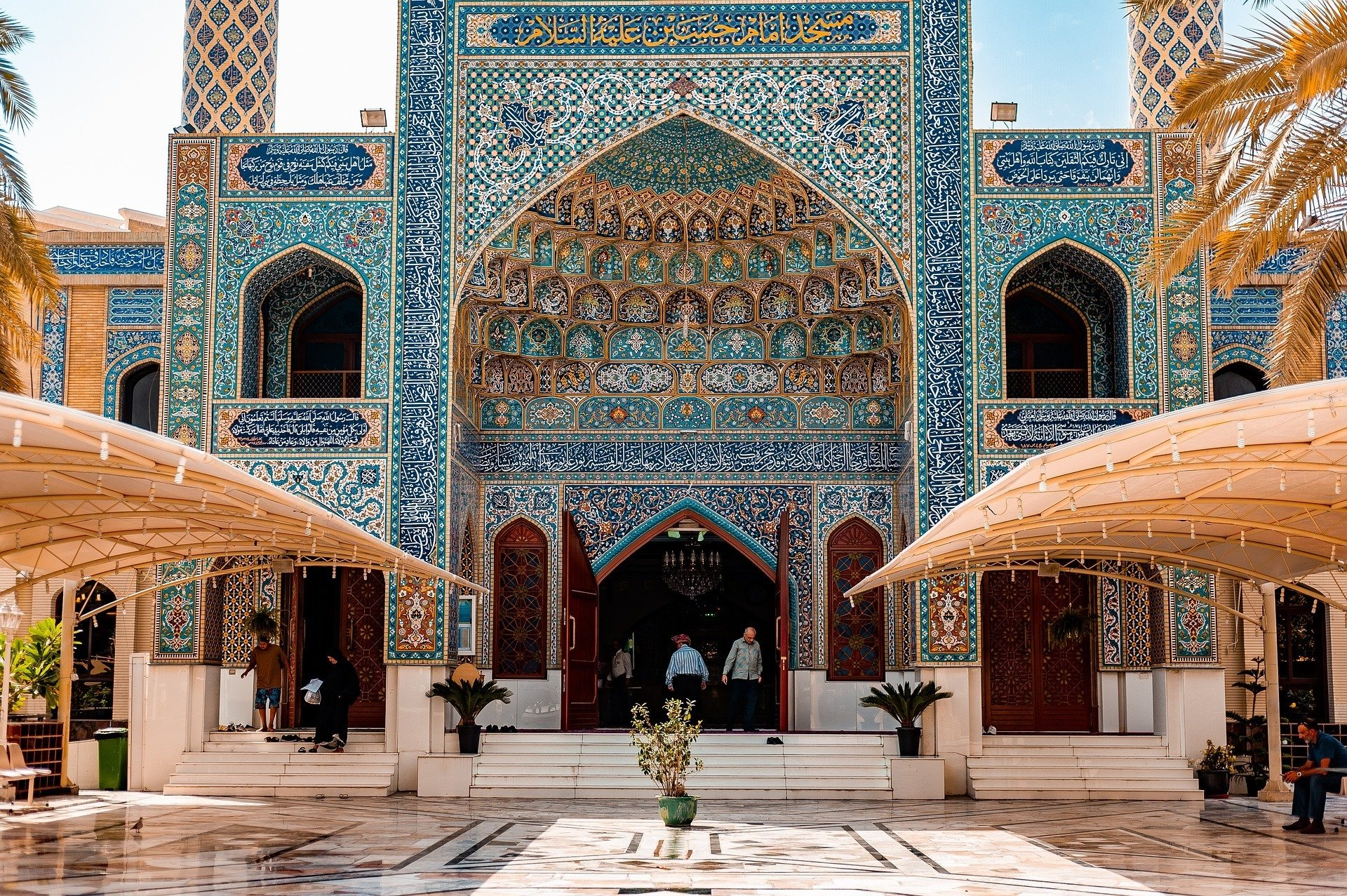A peaceful Mosque and safe to visit in DUbai