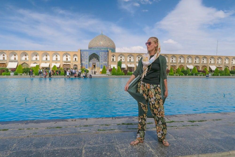 iran safe solo female traveler