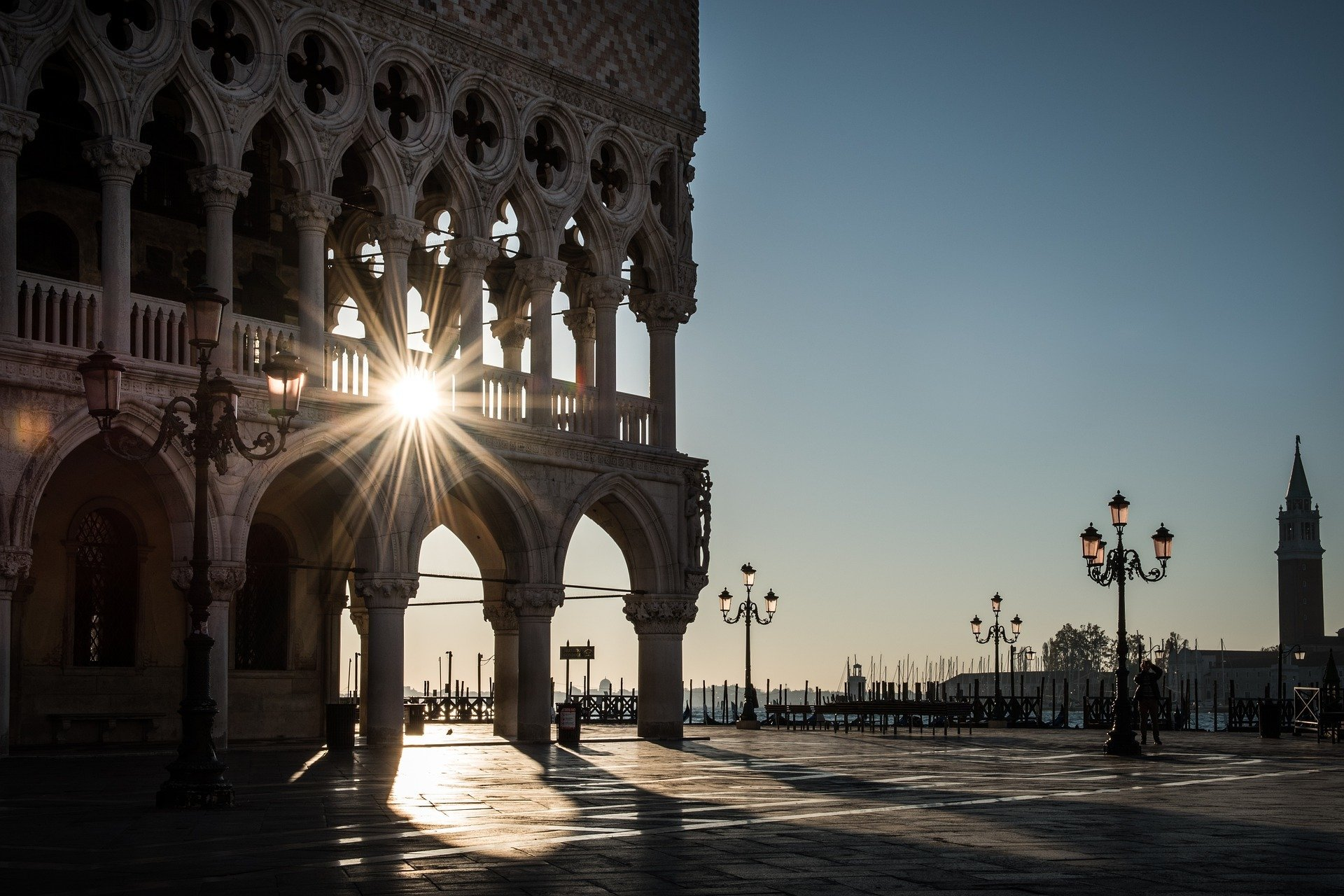 safety tips for traveling in italy
