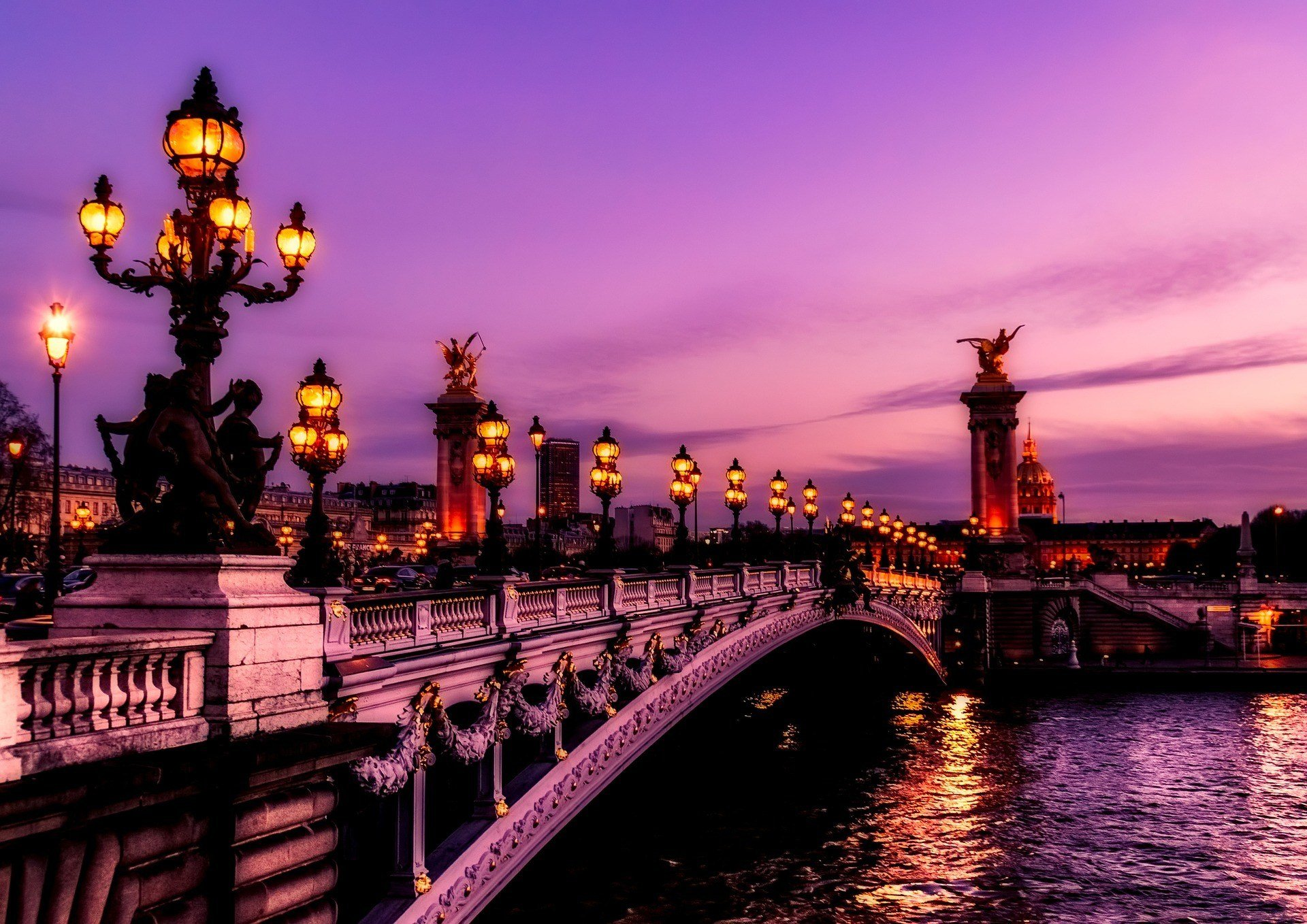 safety tips for traveling in paris