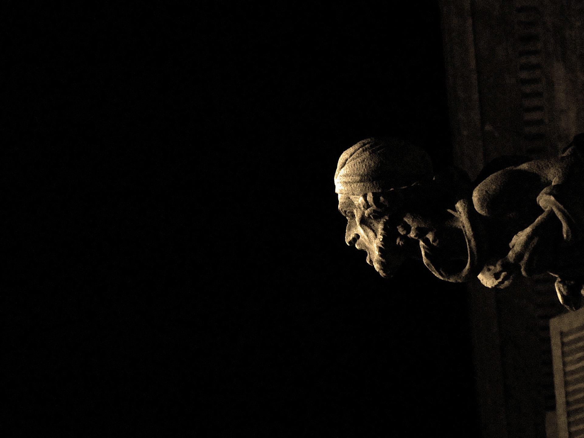 Barcelona Gothic Quarter by Night
