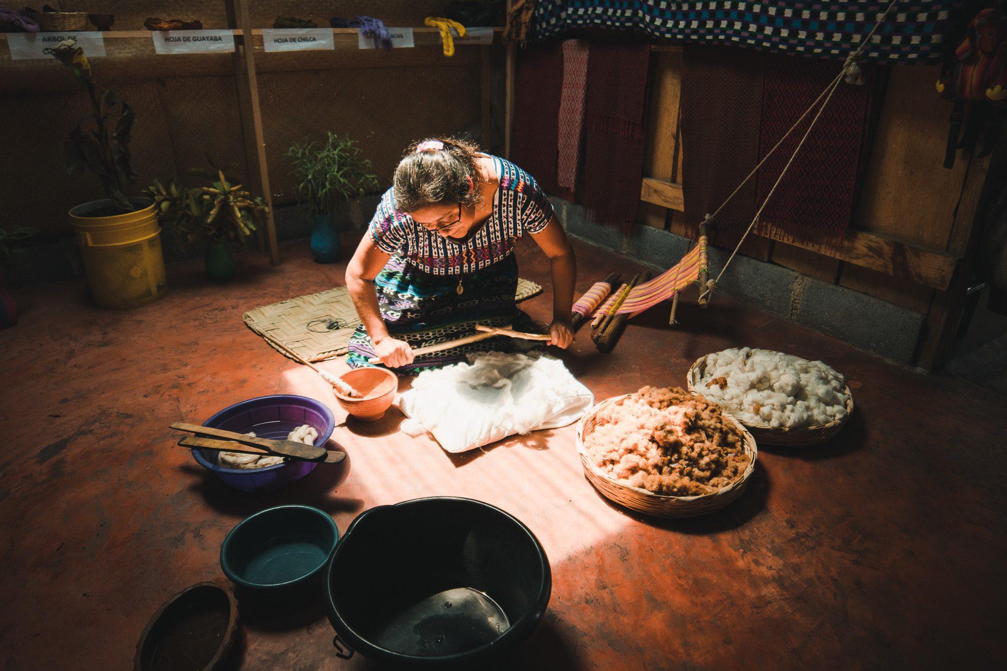 weaving class in San Juan