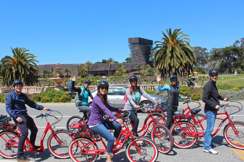 Tour San Francisco by Bicycle
