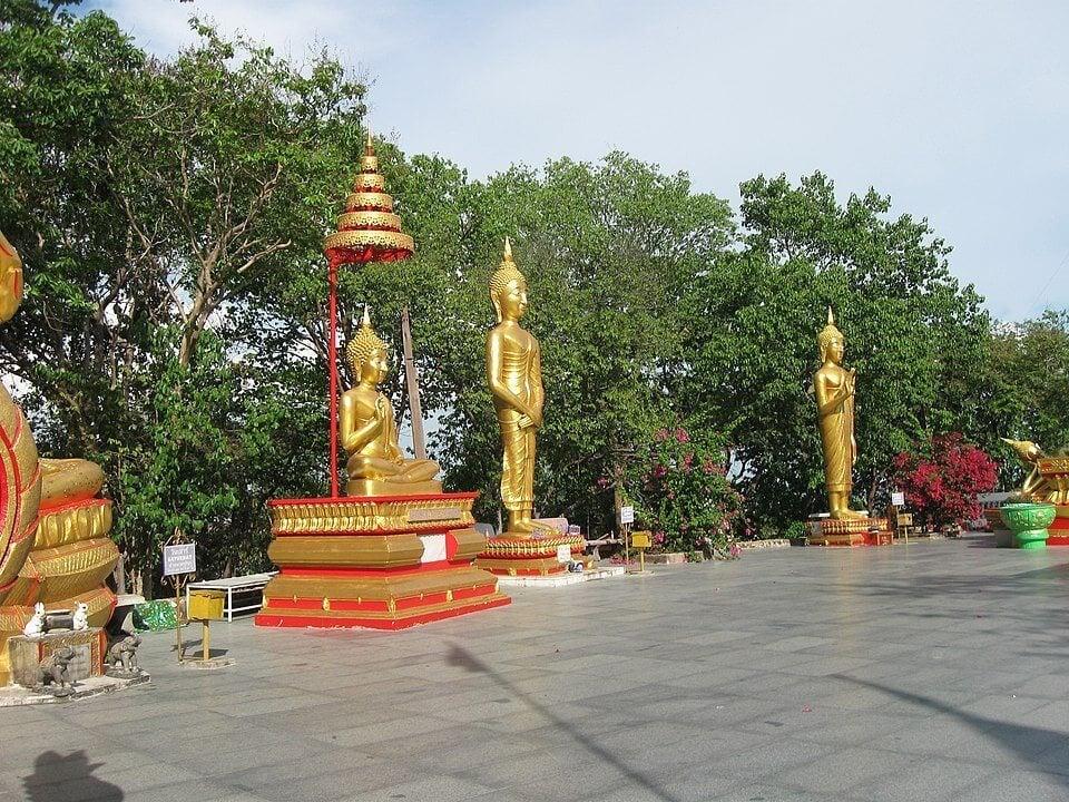 Wat Phra Khao Yai