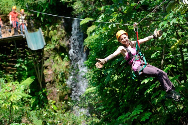 The famous Costa Rica Zipline and the birth of the canopy-surfing adventure tourism