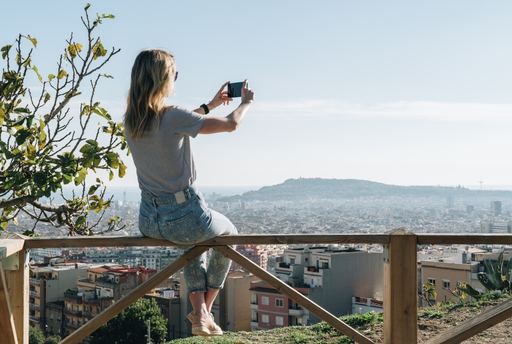Is Barcelona safe for solo female travelers?