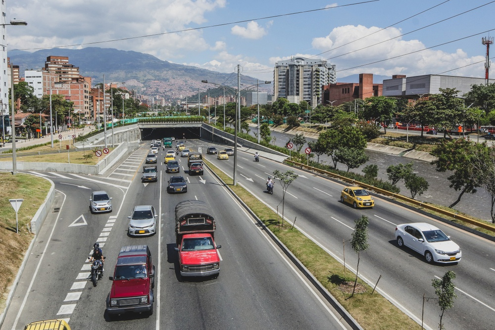 Is it safe to drive in Medellin?