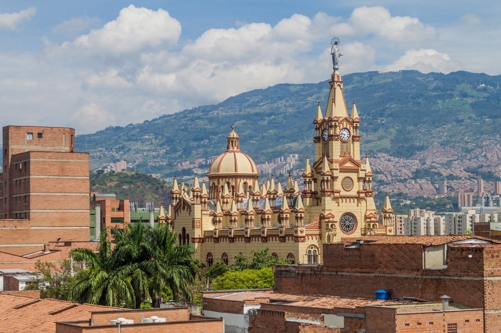 Is Medellin safe to travel for families? |