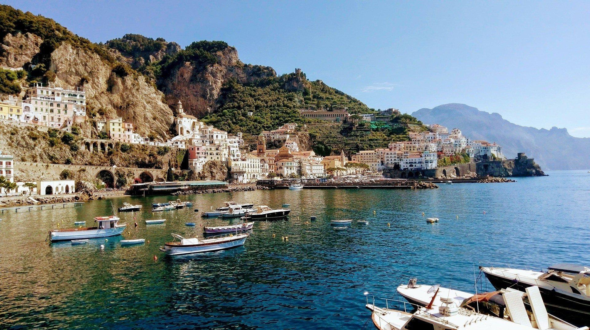when to visit Amalfi Coast
