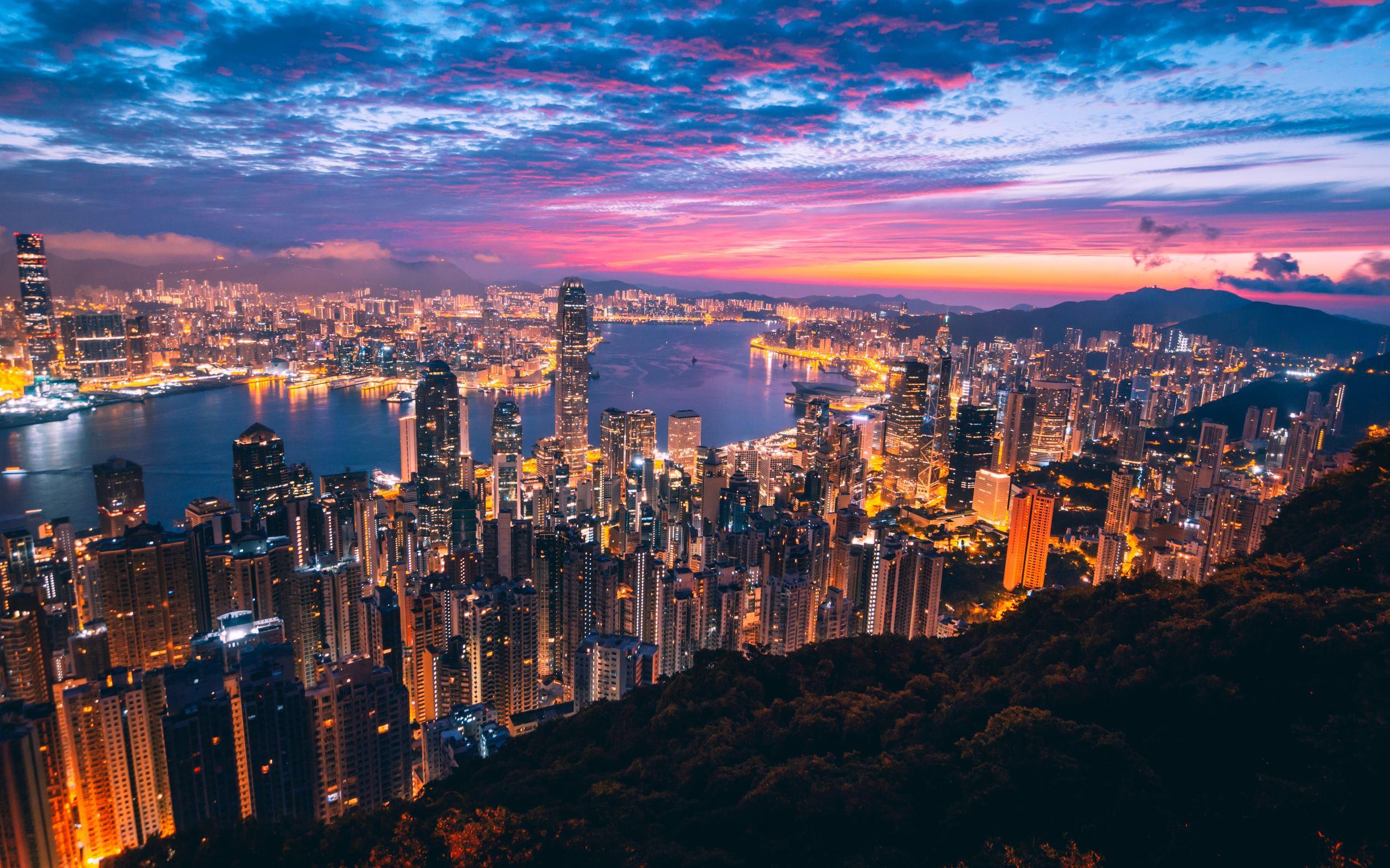 when to visit Hong Kong