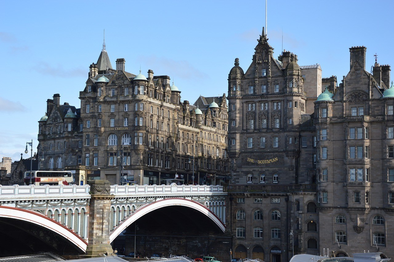 when to visit Edinburgh