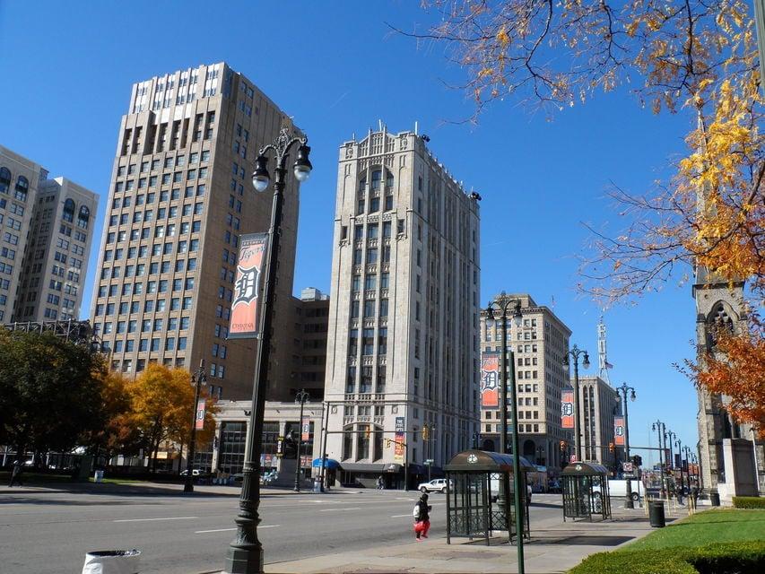 Detroit The Rise, Fall & Renewal Walking Tour
