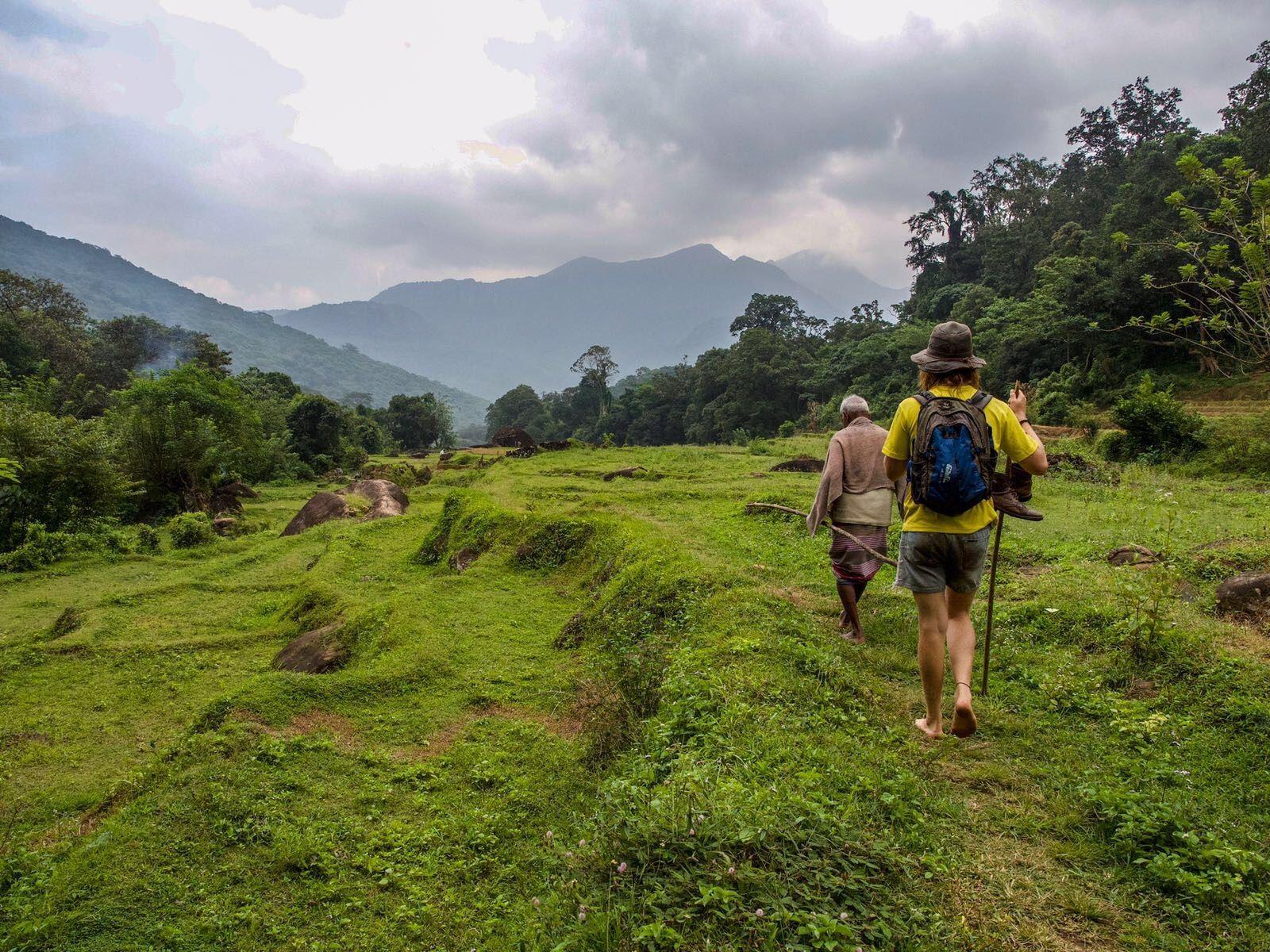 hiking to Lakegala in Sri Lanka