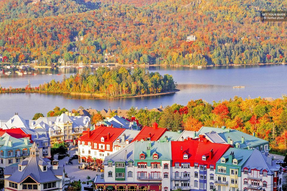 Laurentian Mountains Fall Leaves Full-Day Tour from Montreal