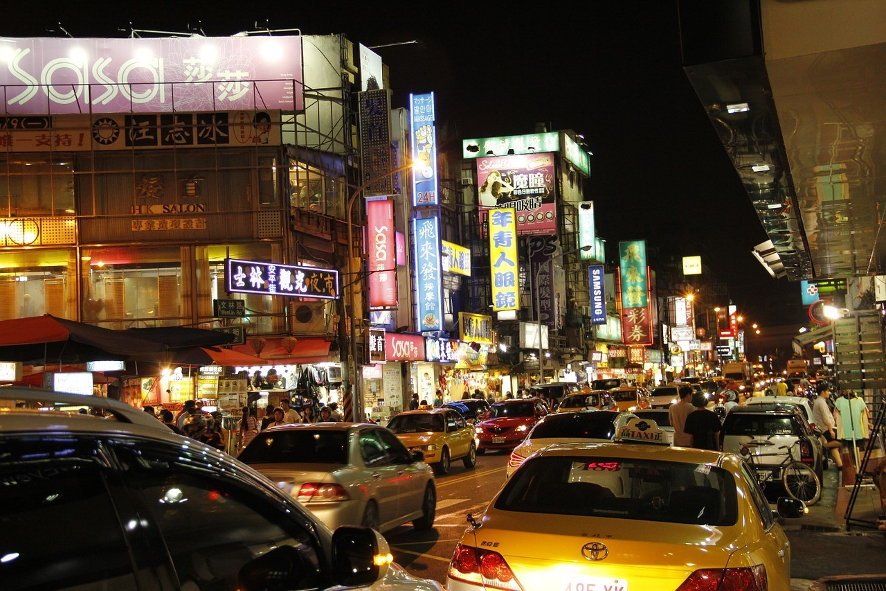 Taipei Night Market - A must-see in Taipei for foodies