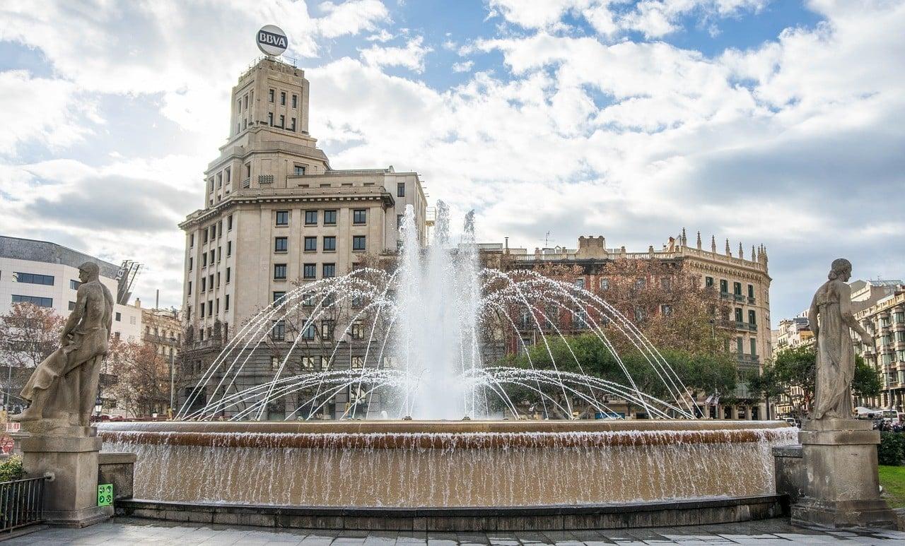 Barcelona Weekend Travel FAQs