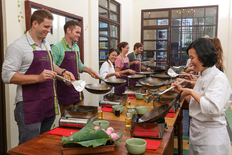 Ben Thanh Market Tour and Cooking Class