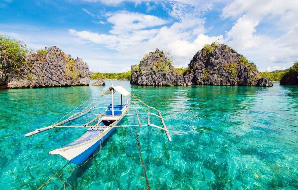 Coron Coastal Cliffs, Beach & Malcapuya Island Hopping Tour