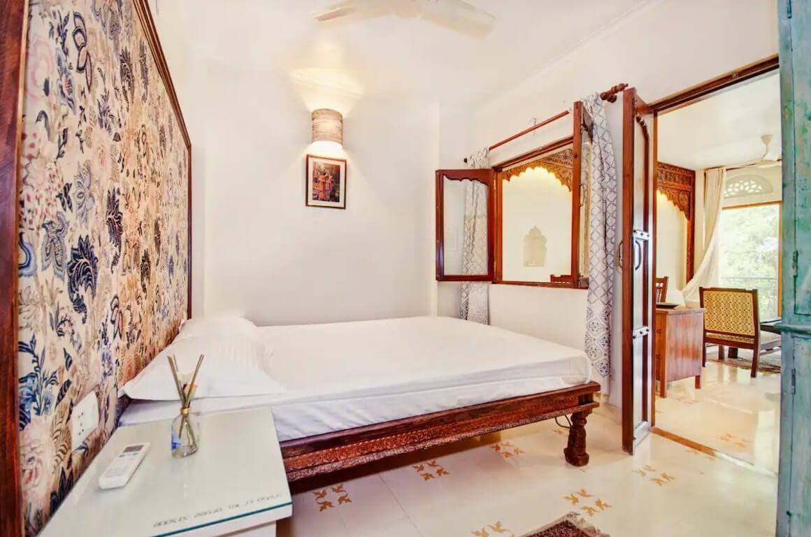 Rajastani style apartment overlooking historic views