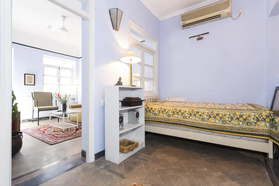 Self contained apartment with a local vibe