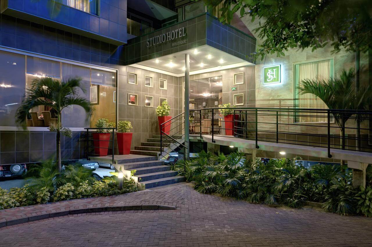 best luxury hotel in costa rica