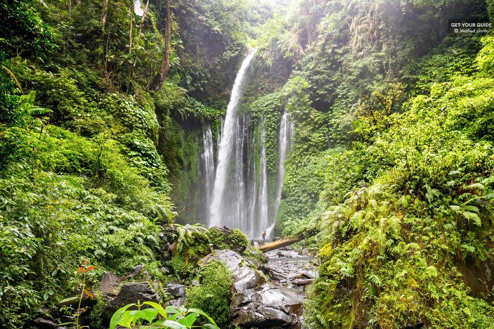 Tiu Kelep and Sendang Gile Waterfall Trekking Tour