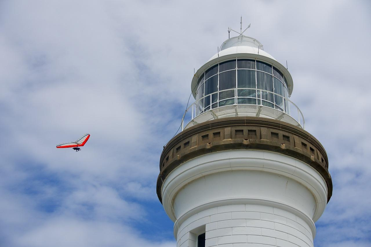 Byron Bay's hang gliding schools give you a new perspective of the headland