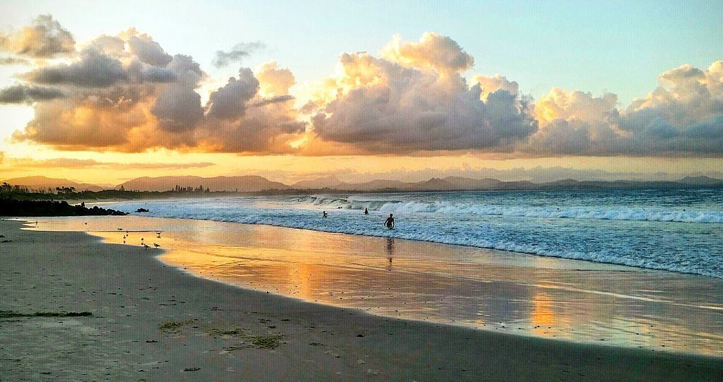 The sunrise is a must while backpacking Byron Bay