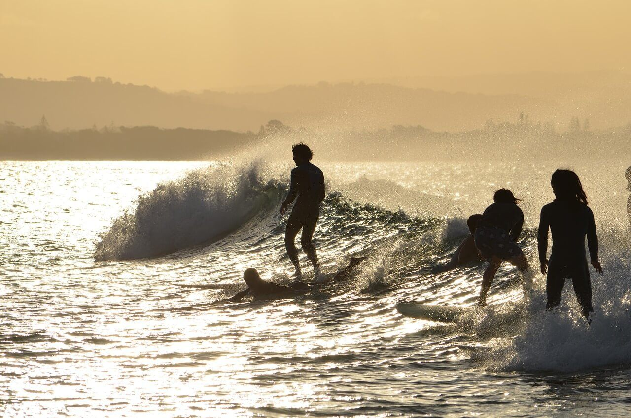 Surfing is a thing to do for free in Byron Bay