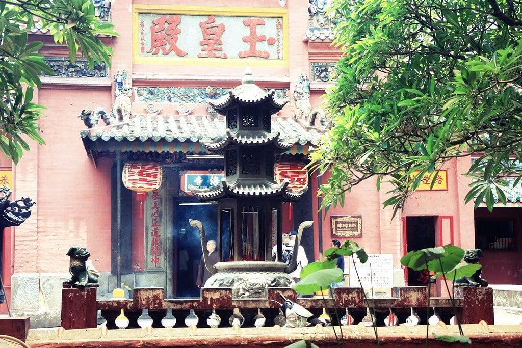 flickr-hochimincity-pagoda