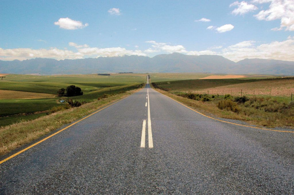 A long straight road acting as a meataphor for your foreign language learning journey