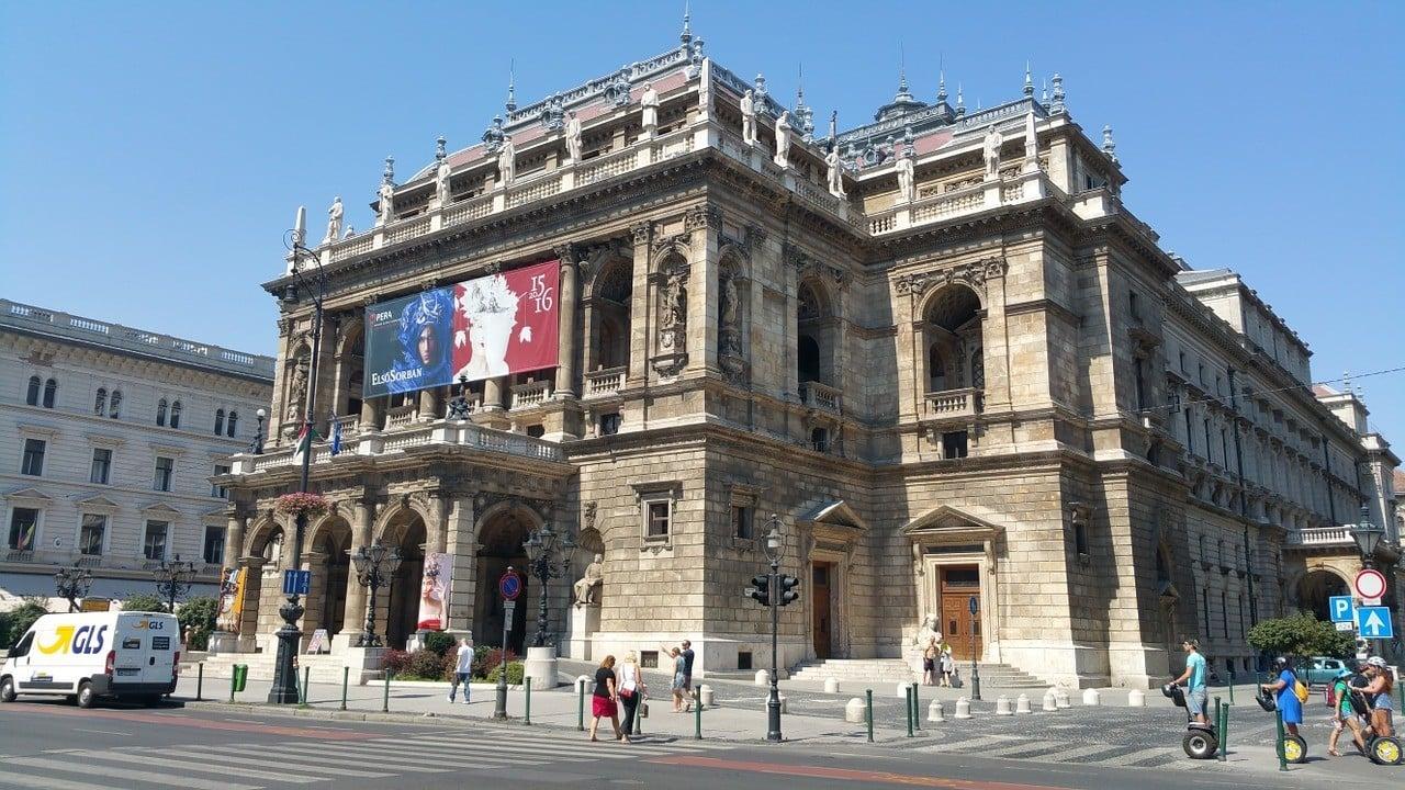 Budapest entertainment
