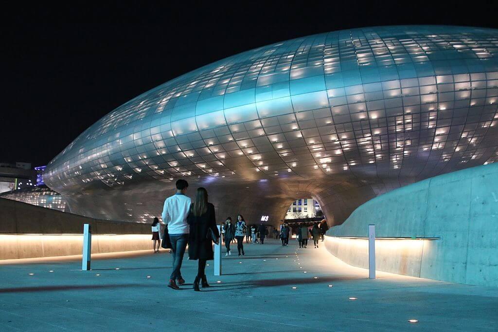 Dongdaemun Design Plaza tastefully lit up