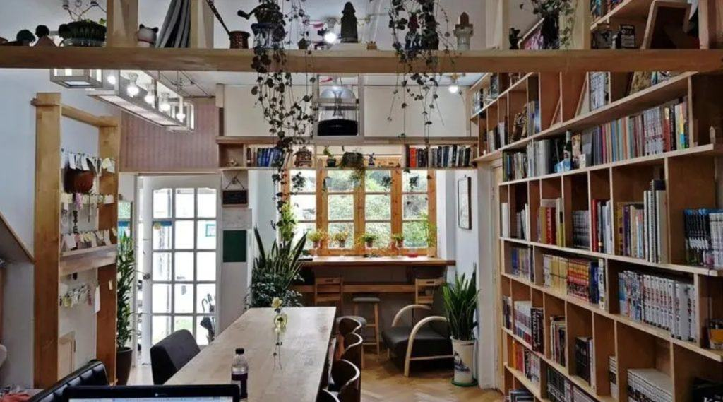 Best Hostel in Seoul for Digital Nomads: Time Travelers Relax Guesthouse Seoul