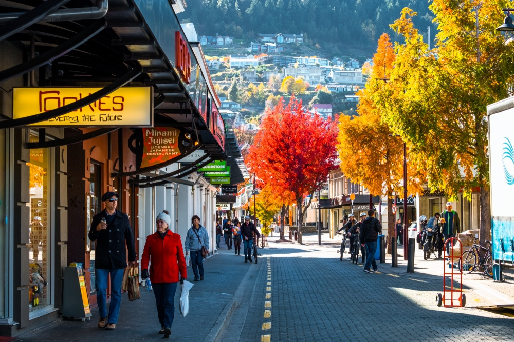 Walking in new zealand while backpacking in Queenstown