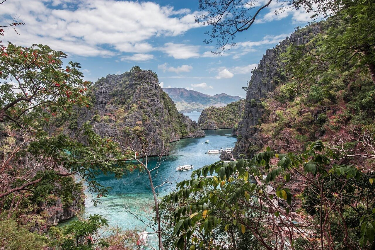 when to visit Coron