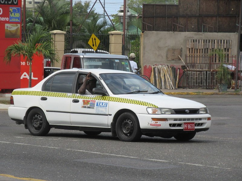 Are taxis safe in Jamaica