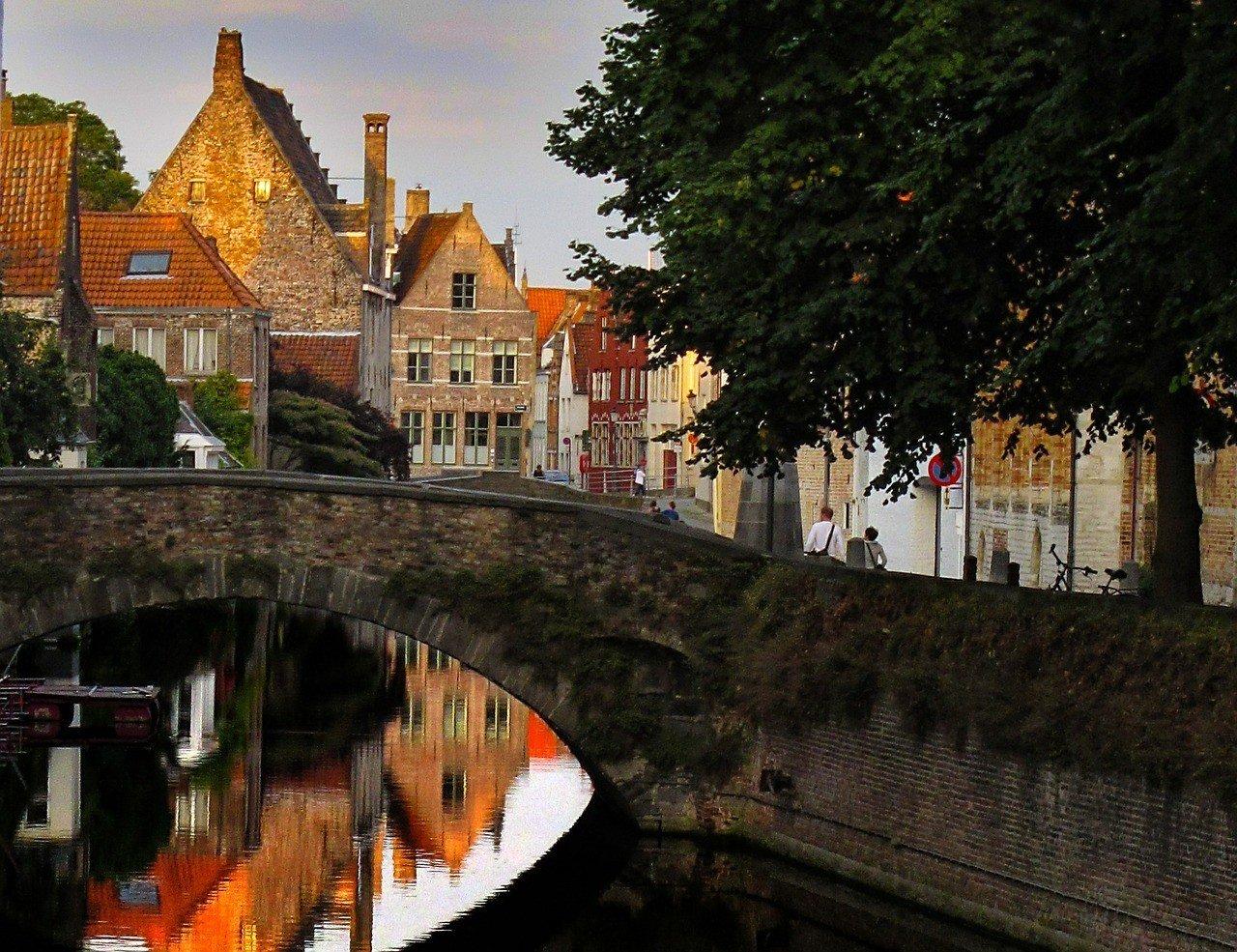 Bruges Weekend Travel FAQs