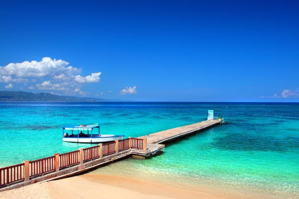 Doctor's Cave Beach jamaica