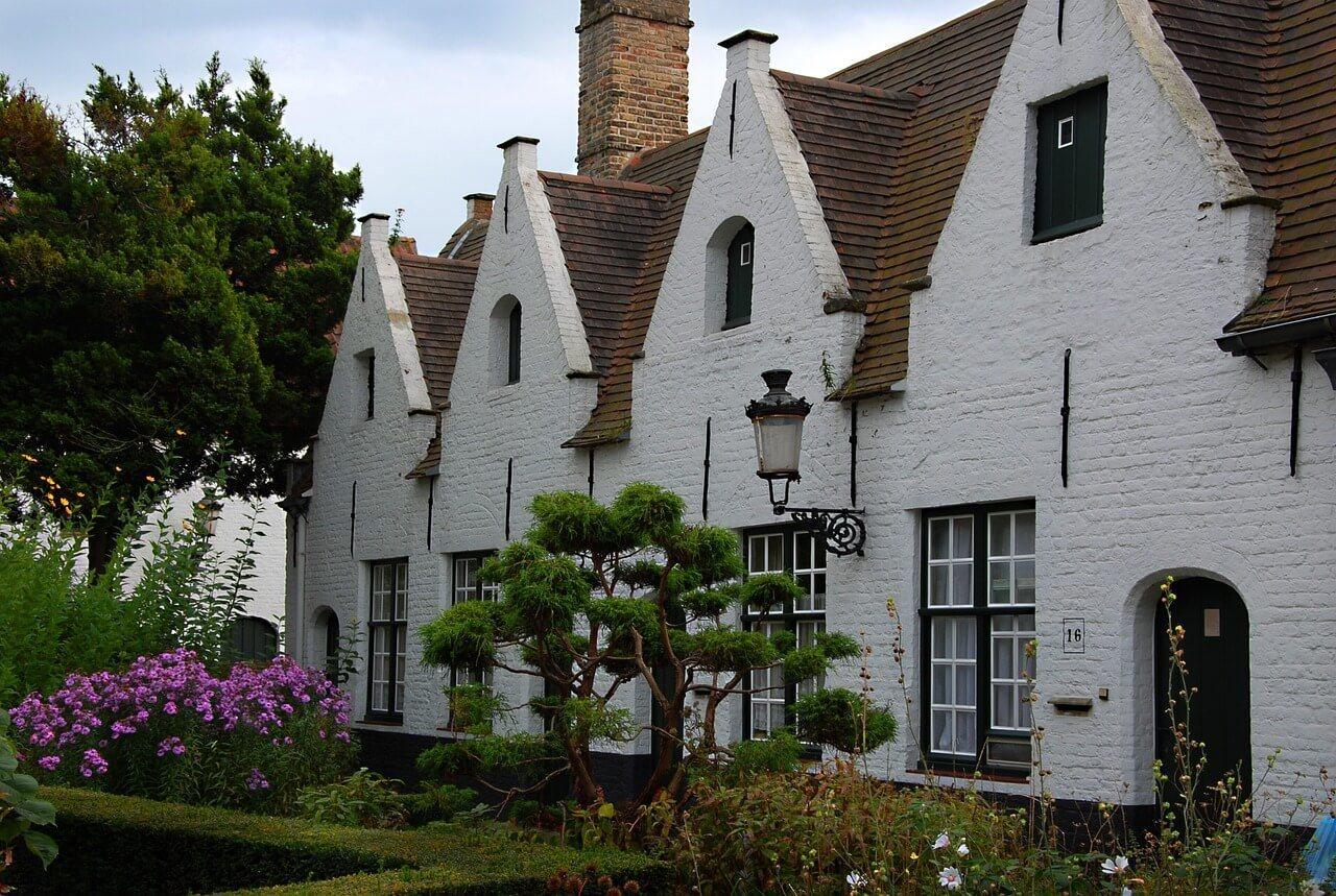 Explore the Almshouses