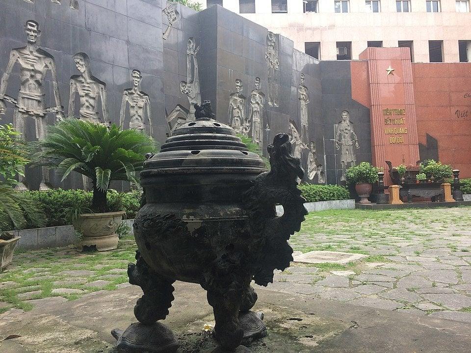 Hoa Lo Prison Memorial, Hanoi