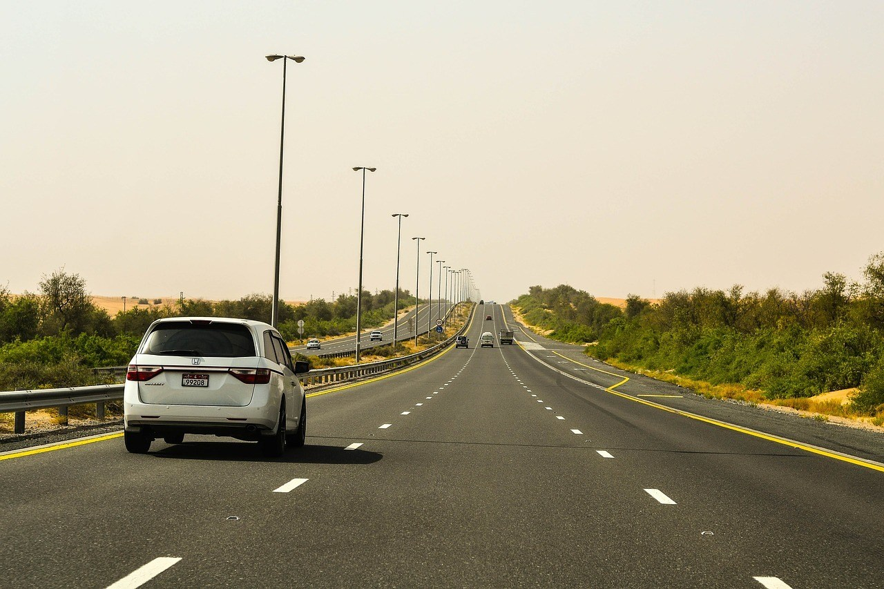 Is it safe to drive in Dubai