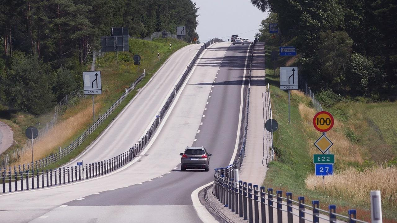 Is it safe to drive in Sweden
