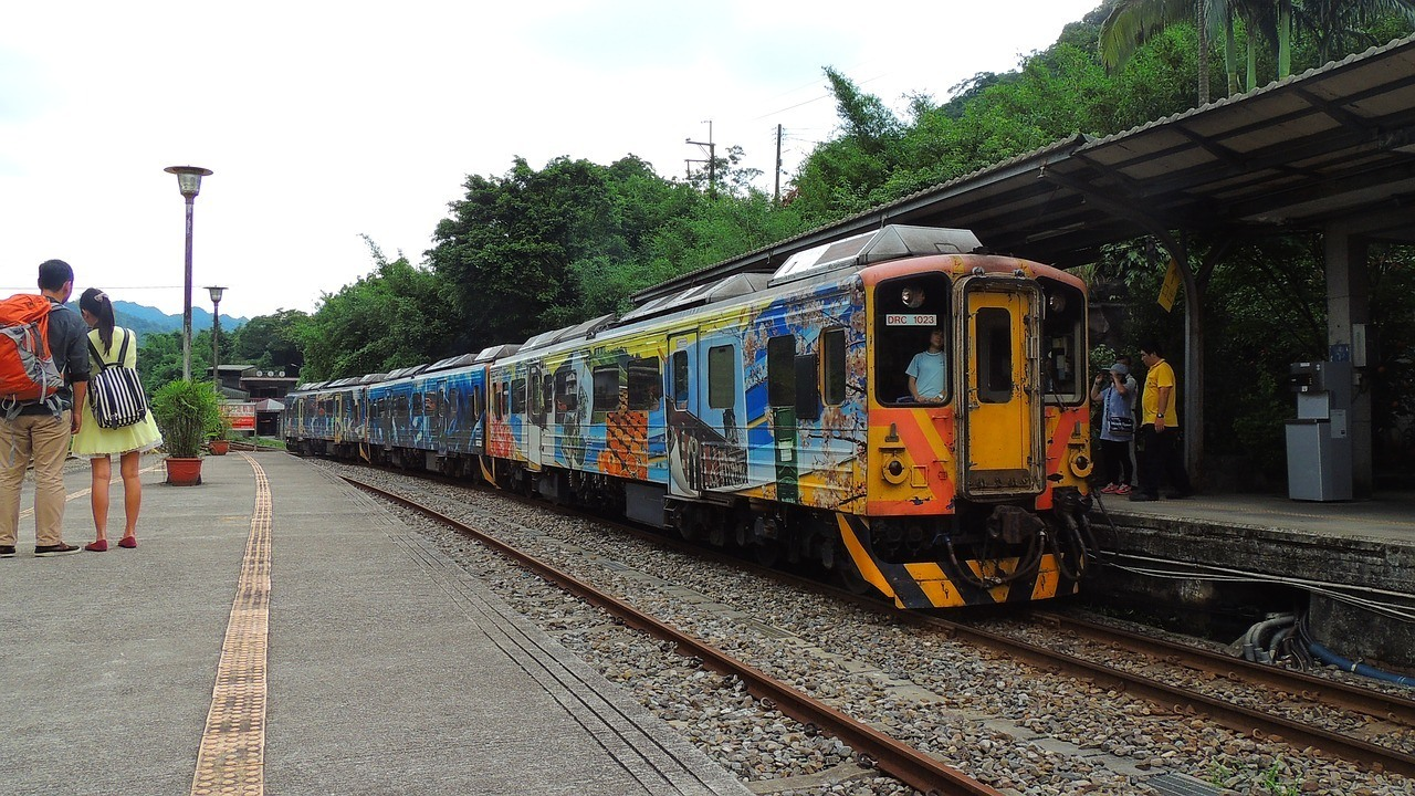 Is public transportation in Taiwan safe