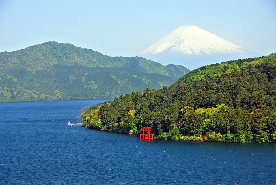 Mt Fuji and Hakone Cruise and Bus Tour