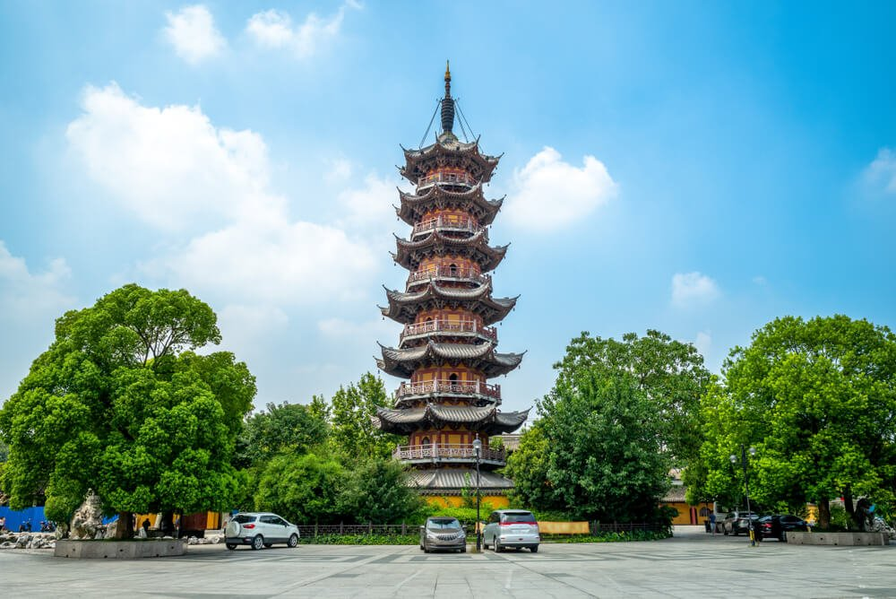 Longhua Temple and Pagoda