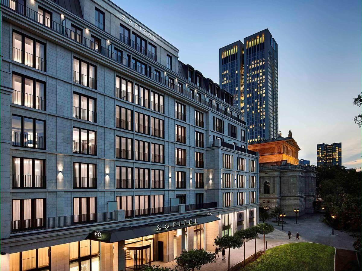 best luxury hotel in frankfurt