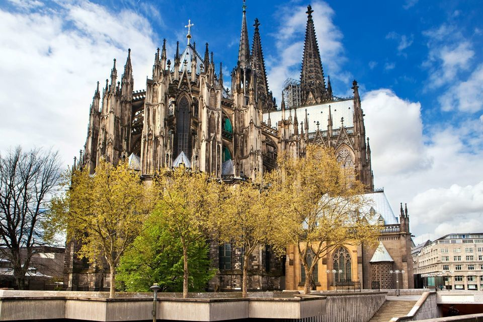 Tour of Cologne and Monschau From Brussels