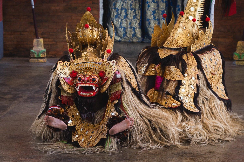 cultural show in uluwatu garuda vishnu